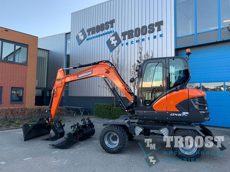 Doosan DX57W MB Multi Support